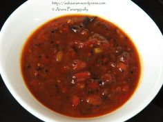 Bengali Tomato Khejur Aamshottor Chutney is a tangy and sweet chutney made with tomate, date, mango leather, and raisins; and is flavoured with Panch Phoran Vegetarian Cooking, Vegetarian Recipes, Cooking Recipes, Chutney, Mango, Nigella Seeds, Party Food And Drinks, Fennel Seeds, Raisin