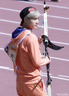Kai (EXO-K) @ Idol Star Athletics Championships 13.09.03 ~  Credit : http://cbkai.net/