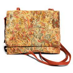 petite bag with straps in orange!