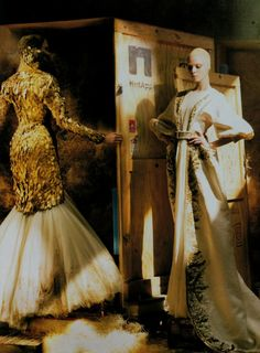 Irina Kulikova & Tanya Dziahileva wearing Alexander McQueen Fall 2010 in 'Noble Farewell' by Annie Leibovitz for Vogue US, July 2010.