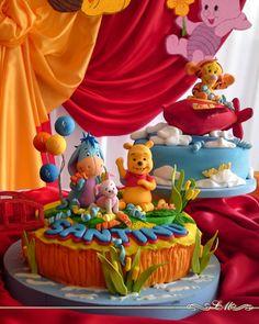 Winnie The Pooh | Lorena Meinero | TORTAS DECORADAS