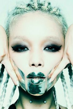 Japanese dentist-turned-designer Taro Hanabusa shares the story of his silver jewelry brand. Shadow Costume, Dark Beauty Magazine, Grillz, Wild Style, Body Modifications, Face Art, Editorial Photography, Wearable Art, Cool Photos