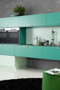 Offene Küche, Essküche, Küchnezeile, modern, Küchenfarbe, Mint, Mintgrün, Küchenzeile, Hochglanz, bunte Küche, Idee, Bild, Inspiration; Foto: rational Küchen