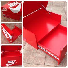 Nike Schuhschrank / Sneakerbox / Shoebox / von Sneakerboxes4u
