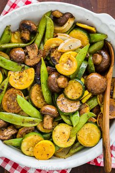 like the sweet smell of Grilled Vegetables. Balsamic Grilled Zucchini and Mushrooms is one of our favorite grilling sides. Easy with 15 minute prep. Best Grilled Vegetables, Grilled Vegetable Skewers, Grilled Vegetable Recipes, Grilling Recipes, Cooking Recipes, Healthy Recipes, Vegetarian Grilling, Healthy Grilling, Bbq Vegetables