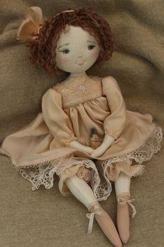 Naïs...et ses bottines roses...(35cm)... - Le Jardin des Farfalous
