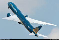 N1020K Vietnam Airlines Boeing 787-9 Dreamliner