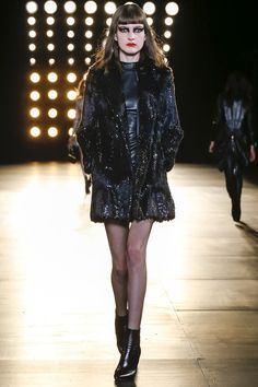 Saint Laurent Fall 2015 RTW Runway - Vogue-Paris Fashion Week