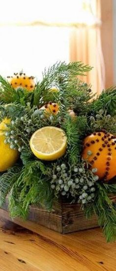 Arranjo de mesa com frutas cítricas