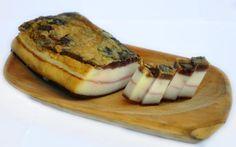 Málokdo ví, že slanina je zdravější, něž by se na první pohled mohlo zdát Health Eating, Holistic Healing, Food 52, Camembert Cheese, Cheesecake, Spices, Dining, Ethnic Recipes, Desserts