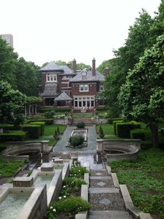 Irwin House and Gardens, Columbus, Indiana, USA