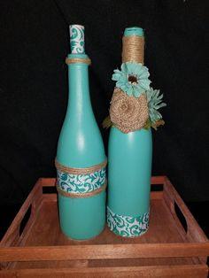 Aqua Burlap Bottle Decor by WhimsicalWineDecor on Etsy Wine Bottle Art, Diy Bottle, Wine Bottle Crafts, Mason Jar Crafts, Mason Jar Diy, Alcohol Bottle Decorations, Rustic Barn Decor, Wrapped Wine Bottles, Painted Jars