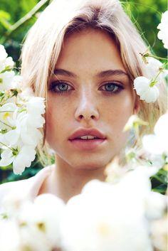 Risultati immagini per beautiful woman face bw Tiera Skovbye, Wattpad, Canadian Actresses, Look At The Stars, Cute Beauty, Stunning Eyes, Woman Face, Pretty Face, Pretty People