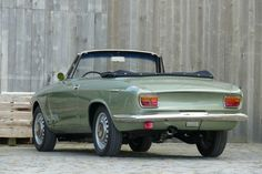 1965 Alfa Romeo GTC - Cabrio  Maintenance/restoration of old/vintage vehicles: the material for new cogs/casters/gears/pads could be cast polyamide which I (Cast polyamide) can produce. My contact: tatjana.alic@windowslive.com