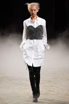 A.F. Vandevorst Spring 2015 Ready-to-Wear