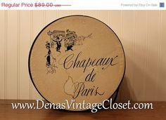 Winter Clearance Sale Vintage Chapeaux de Paris Hat Box Black and Cream Off Spring, Spring Sale, Vintage Hat Boxes, Love Hat, Clearance Sale, 50th, Small Businesses, Cream, Day