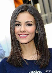 Mid-Length Brunette Straight Hairstyle