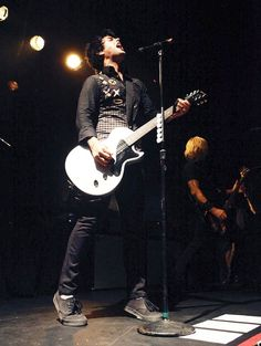 Billie on stage.