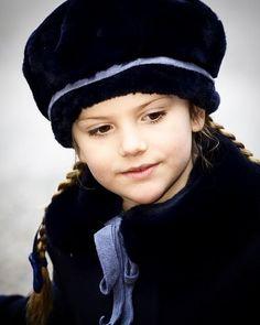 Princess Estelle  She is so cute    #princessestelle #princessestelleofsweden #estellebernadotte #estelleofsweden #estellesilviaewamary #swedenroyalty #swedenroyal #swedenroyals #swedishroyalfamily #swedishroyals #royalsweden #royaltysweden #royalfamilysweden #sverige #prinsessanestelle #svenskakungahuset #svenskakungafamiljen #sverigekungafamiljen #sverigekungahus #sverigekungahuset #kungahuset #kungafamiljen #bernadottefamiljen