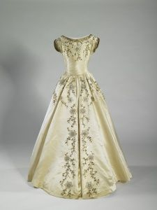 Maid of Honour dress, (back), Norman Hartnell, 1953 | Royal Collection Trust