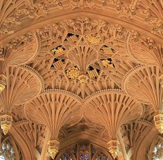 Ceiling of the Lady Chapel in Westminster Abbey: lacemaking, but with stone.
