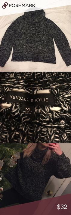 Kendall & Kylie Turtleneck Sweater super cute chunky sweater size M! black w grey knit, 10/10 condition worn 2x Kendall & Kylie Sweaters Cowl & Turtlenecks