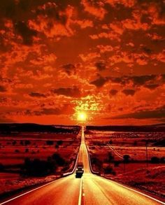 orange sunset, Its like you are diving into the sun Beautiful Orange Aesthetic, Aesthetic Colors, Aesthetic Beauty, Beautiful World, Beautiful Places, Beautiful Pictures, Applis Photo, Amazing Sunsets, Amazing Nature