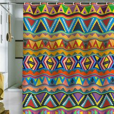 Play Shower Curtain 69x70, inspiración africana.