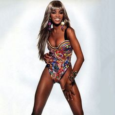 Let's get physical. Naomi Campbell #tbt