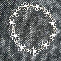 Handmade silver daisy bracelet (El yapımı gümüş papatya bileklik)