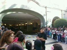 Fans outside the hotel Mexico #2. The boys should arrive in an hour or less!!
