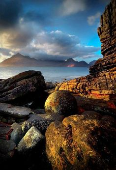 Cuillins from Elgol, Isle of Skye, Scotland. Our tips for 25 fun things to do in Scotland: http://www.europealacarte.co.uk/blog/2010/12/30/things-scotland/