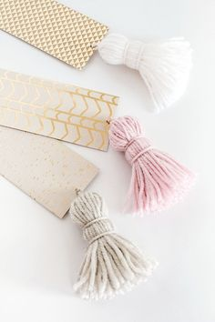 DIY-Chunky Tassel Bookmarks
