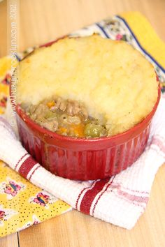 Veal Shepherd's Pie with Celery Root Mashed Potatoes (Busy in Brooklyn) Meat Recipes, Cooking Recipes, What's Cooking, Chicken Shepherd's Pie, Celery Root Puree, Turkey Shepherds Pie, Brooklyn Food, What To Cook, Mashed Potatoes