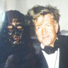David Lynch on set Mulholland Drive Mullholland Drive, David Lynch Movies, David Lynch Twin Peaks, Tv Movie, Horror Tale, Comic, Director, Screenwriting, On Set