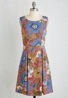 I Rest My Grace Dress in Stippling From the Plus Size Fashion Community at www.VintageandCurvy.com