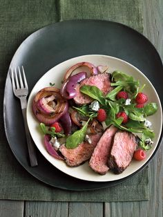 Baby Arugula Salad with Berries & Gorgonzola | Williams-Sonoma Taste