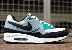 Nike air max light white mystic green