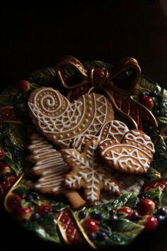 A mézeskalács fűszeres illata elengedhetetlen kelléke a Karácsonynak :)