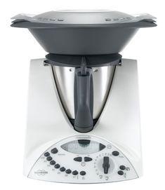 101 recetas de postres con Thermomix para endulzar tus comidas Kitchen Appliances Brands, Kitchen Gadgets, Robot Thermomix, Thermomix Desserts, Wooden Rack, Electronic Recycling, Kitchen Equipment, Food N, Canapes