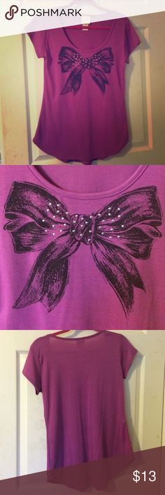 Bow top Scoop neck. Rounded bottom. Stud detailing on now graphic. Tagged M but posting as S Self Esteem Tops Tees - Short Sleeve