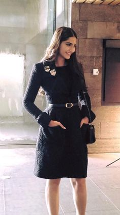 Sonam Kapoor's Day 1 in Melbourne; introduces her fashion line! Indian Celebrities, Bollywood Celebrities, Bollywood Fashion, Bollywood Style, Bollywood Actress, Fashion Line, Diva Fashion, Fashion Models, Formal Fashion