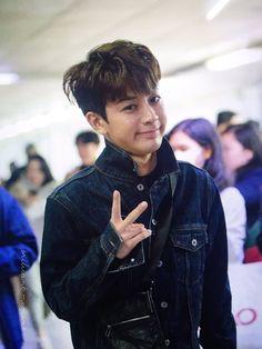 Bobby, Ikon Songs, Name Songs, Ikon Member, Vocal Lessons, Fandom, Korean Bands, Hanbin, Love At First Sight