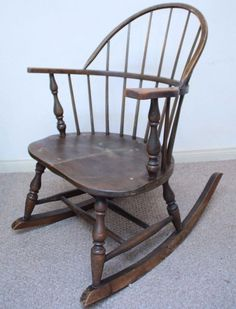 1900's Antique Heywood Wakefield Rocking Chair Wood Spindle Windsor Furniture #MissionArtsCrafts #haywoodwakefield