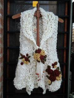 This Pin was discovered by Tin Crochet Bolero, Crochet Jumper, Crochet Coat, Crochet Jacket, Freeform Crochet, Thread Crochet, Crochet Motif, Irish Crochet, Crochet Clothes