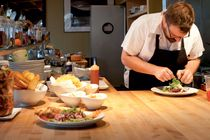 The 30 Seattle Restaurant Experiences You Must Have Before You Die