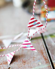 Happy Birthday Mini Bunting, free printable. (for Circus Party) via lilblueboo.com