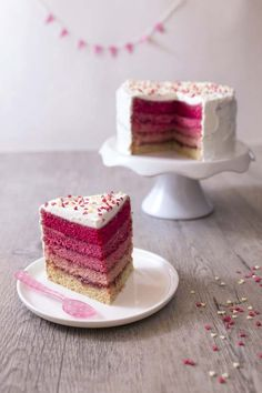 Pink rainbow cake d'Anne-Sophie (Le Meilleur Pâtissier - The Best Dishes Cupcakes, Cake Cookies, Cupcake Cakes, Super Cookies, Sweet Recipes, Cake Recipes, Köstliche Desserts, Food Cakes, Sweet Cakes