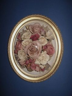 How to Frame Dried Flowers - a very cheap, yet elegant way to decorate your home!