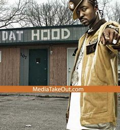 a299e6de2b62 G-Unit rapper Young Buck got into it with rapper Starlito. Look at Buck